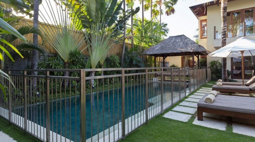 Modern Balinese Style in Central Seminyak - Freehold - Bali Luxury Estate 4