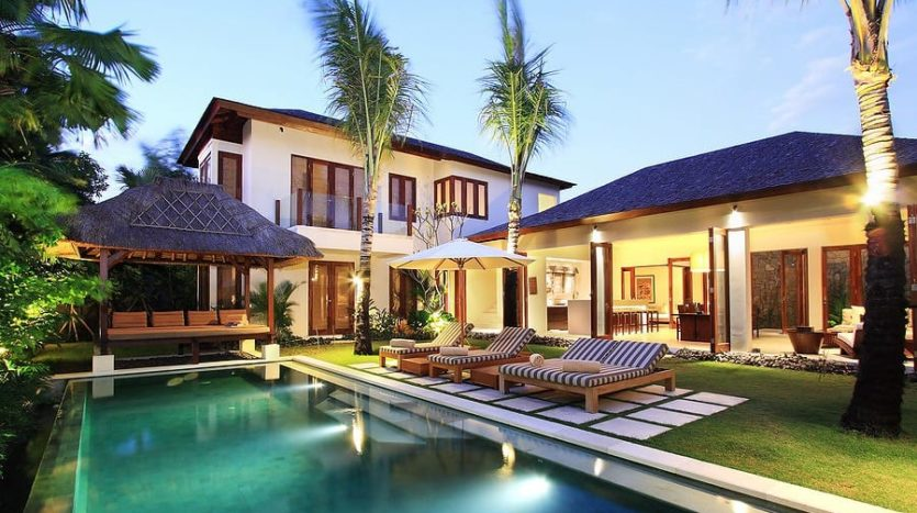 Modern Balinese Style in Central Seminyak - Freehold - Bali Luxury Estate