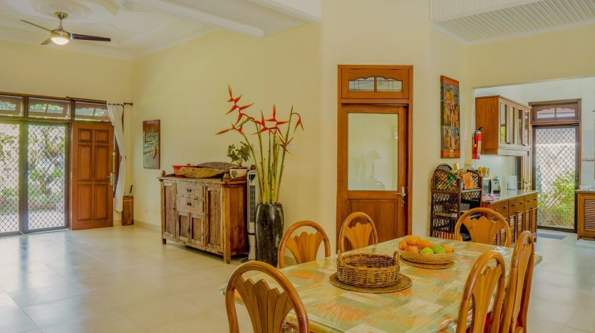 Modern Traditional Bali Style Villa for Sale in Sanur (8)