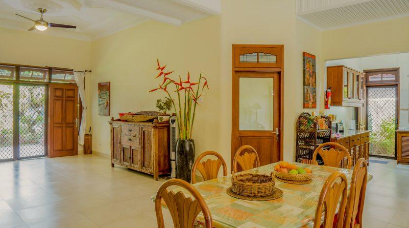 Modern Traditional Bali Style Villa for Sale in Sanur (8)